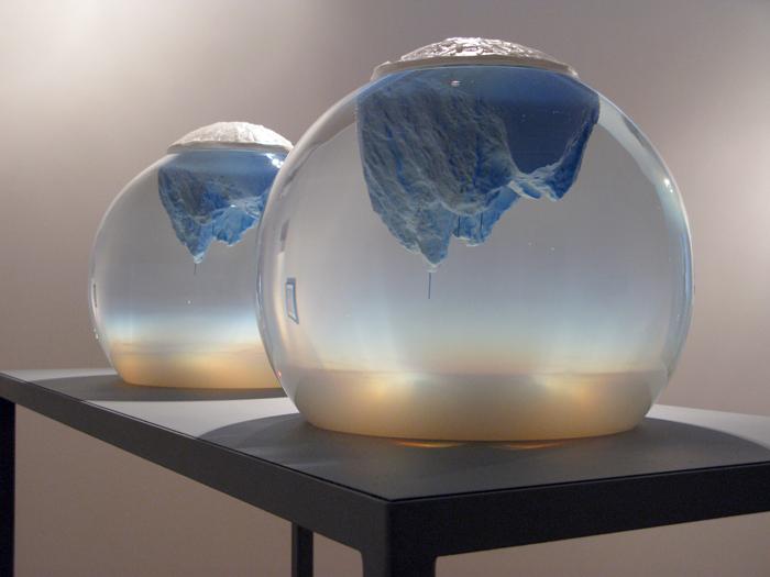 400 Thousand Generations by Mariele Neudecker