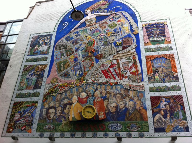 Carnaby St mural