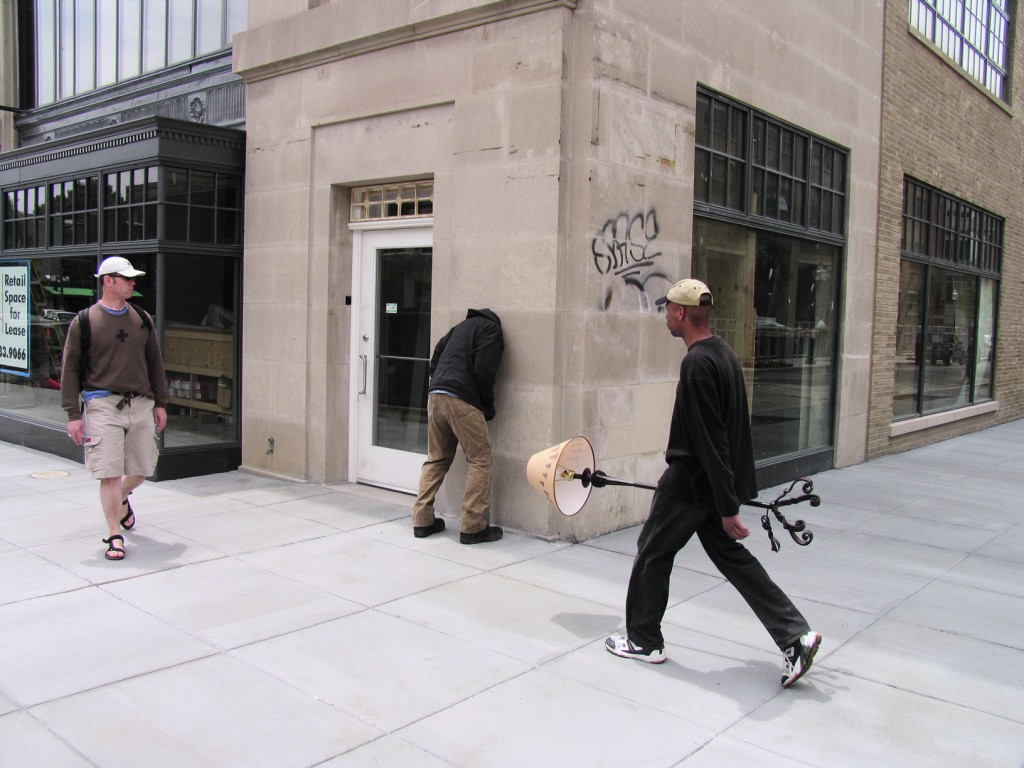 Embed Series, Washington, DC, 2006 by Mark Jenkins. Image Courtesy of Gestalten.