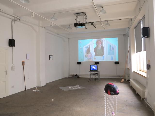 DOUBLE (2014) @ Medienwerkstatt Wien exhibition photos. Courtesy the artists.