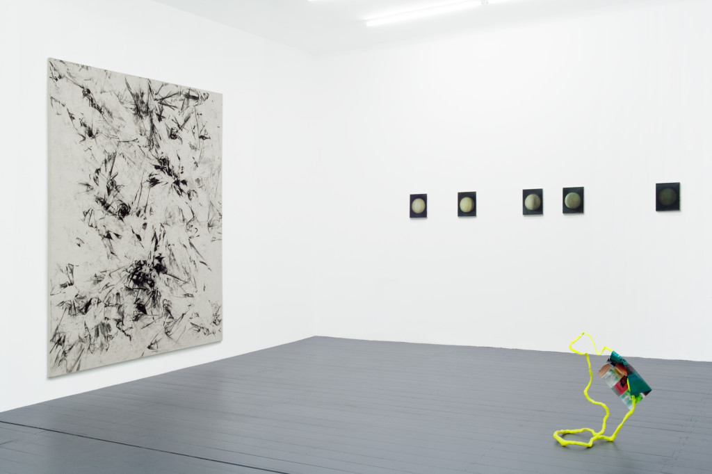 'Ausstellung 61' (2015). Exhibition view. Courtesy Exile, Berlin.