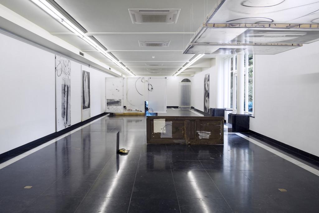 Antoine Donzeaud, Hometown Blues (2015) Exhibition view. Courtesy DASH, Kortrijk.