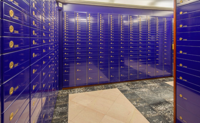 Safety Deposit Box, event image (2016). Courtesy Lock Up International.