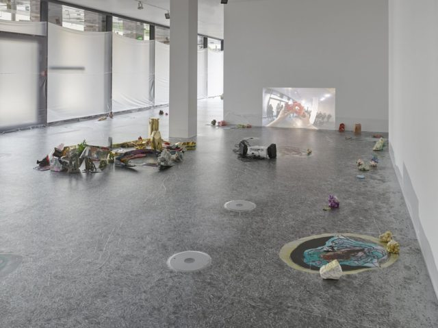 Sam Keogh, Eurocopter EC135 (2016). Exhibition view at Dortmunder Kunstverein. Courtesy the artist + Kerlin Gallery, Dublin. Photo Simon Vogel.